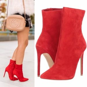 Steve Madden Wagner Sock Bootie Red Suede Size 8.5
